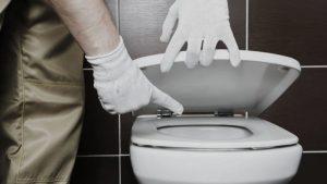 Tips mengatasi WC penuh tanpa sedot